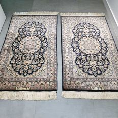 Magnificent and unique set of two signed Kashmir Ghom rugs - 130 x 76 (2x) - UNIQUE OPPORTUNITY