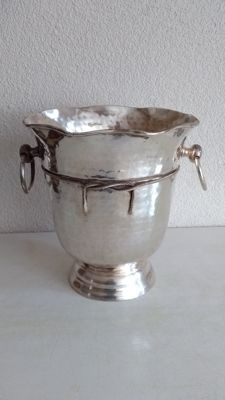 Large champagne cooler with two handles