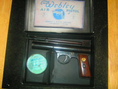 Very rare! Webley Mark 1 Air Gun with wooden grips in superb condition for year!