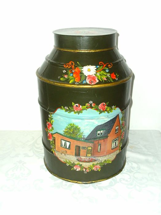Large antique tea/coffee container - beautiful Hindelopen painted - second half of the previous century