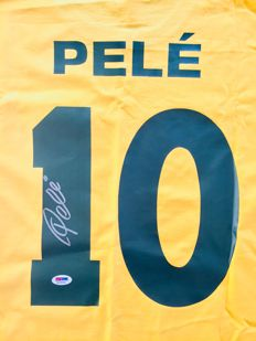 Pele  / Brasil - Signed Home Jersey -  with Certificate of Authenticity PSA/DNA