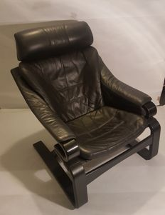 Skippers Møbler - Armchair with 'Apollo' arms - Upholstered in black leather