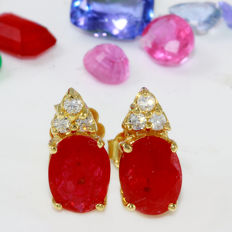 CERTIFIED 2.90 Carat Ruby 14K Solid Yellow Gold Diamond Earrings - Face Measures: 12.70x6.03 Millimeters *** Free Shipping *** No Reserve ***
