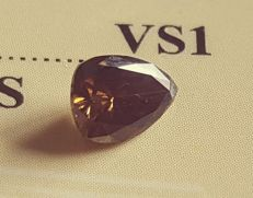 0.76 ct, VS1, *** no reserve price *** Natural F. Vivid Dark Brown, 7.01 x 5.06 x 3.27 mm, 2VG