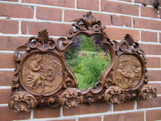Baroque style mirror and coat rack - with depiction of  family (homely) scenes - 1960/70 - France