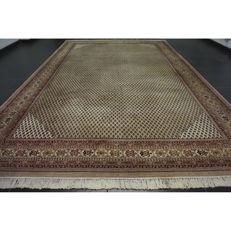 Magnificent, hand-knotted oriental palace carpet, Sarough Mir, 360 x 250 cm, made in India, best highland wool