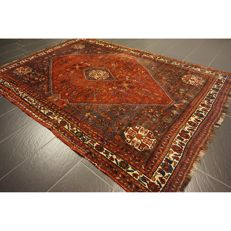 Collector's item, hand-knotted Persian carpet, Qashqai, nomad carpet, wool on wool, made in Iran, 260 x 175 cm