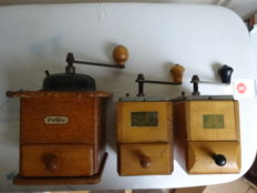 3 old hand coffee mills
