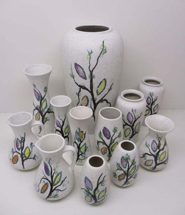 Jasba - 12 hand painted vases from the 'Form & Farbe' series