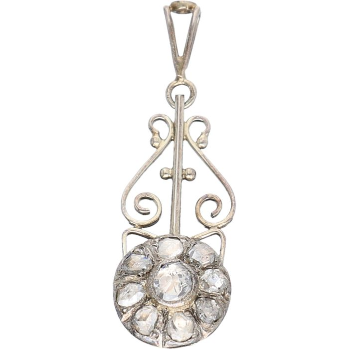 14 kt White gold antique pendant set with 9 rose cut diamonds - Size: 3.0 x 1.2 cm