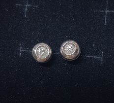 Earrings in 18 kt gold, 0.10 ct point of light ***no reserve***