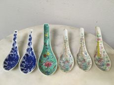 6 Porcelain Spoons - China - 19th Century.