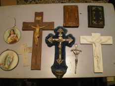 Lot of pious items, France, 19th and 20th century