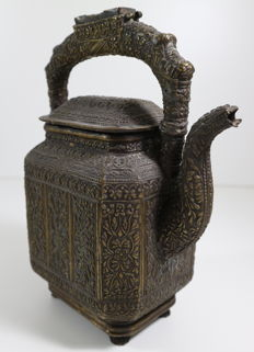 Antique copper water kettle - Indonesia, Sumatra - 19th century