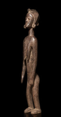 A large, female MOSSI sculpture, Burkina Faso