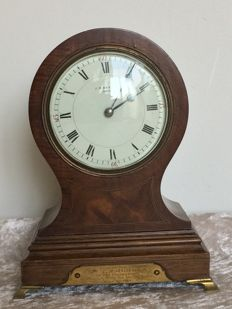 Mahogany balloon table clock - 1913 - England