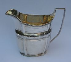 Silver creamer with vermeil interior, possibly - William Abdy II - London - 1801
