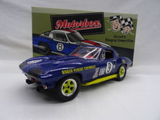 Exoto Motorbox - Schaal 1/18 - 1966 Corvette Sting Ray - Competition Class Winner, 1966 Sebring 12 Hours - Drivers: George Wintersteen / Ben Moore