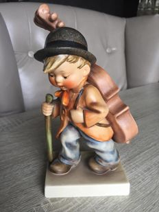 Hummel - Little cellist 89/11- Large (19 cm)