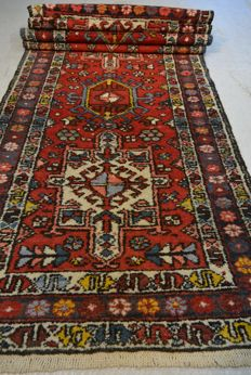 Oriental runner hand-knotted - Charadje - approx. 320 x 80 cm. End of the 20th century