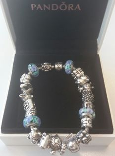 Full Pandora bracelet with 23 charms, including extras - Silver - 925 - 21.5 cm