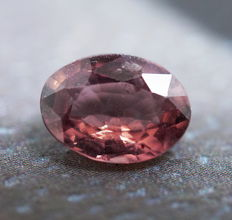 Pink Sapphire - 1.06 cts - No Reserve Price