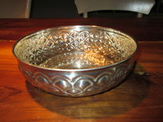 Large silver fruit bowl