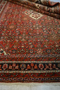 High-quality hand-knotted Persian carpet, 200 x 150 cm, circa 1960, collector's piece