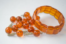 Natural Baltic Amber bracelet and necklace in cognac coloured Amber, weight: 52 gram