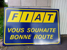 Very large old metal sheet plate - Fiat vous souhaite bonne route - 1970/1980