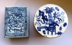 Ink box, shuniku case, white and blue, hand-painted - China - 19th century.