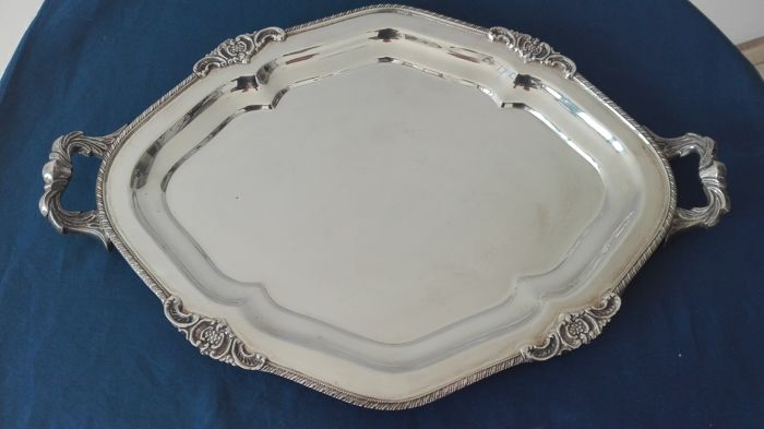 """Royal Sheffield"" Royal Family Oval Tray with Handles"