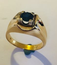18 kt Gold ring with a natural sapphire of approx. 0.30 ct, Men´s pinky ring