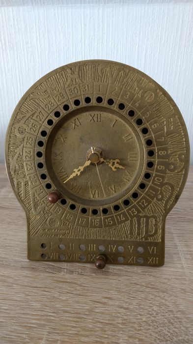 Table clock - German manufacturing - in solid brass - ca. 1960-1970