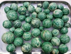 Finest Quality Aventurine Spheres & Eggs Carving - 11000 gm (46)