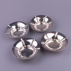 Wolfers - Set of 4 Art Deco solid silver dishes