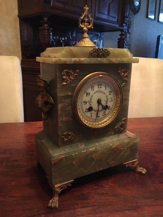 French, marble mantel clock, around 1900