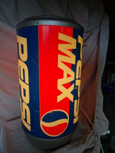 Large tin 1990s - Pepsi max with lighting