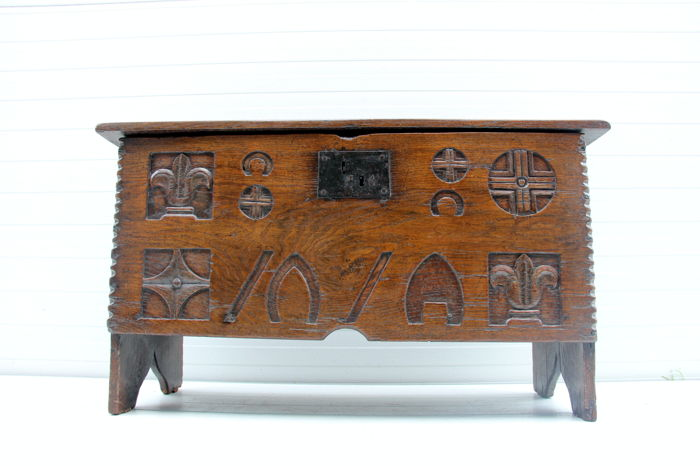 Oak blanket chest - 17th century