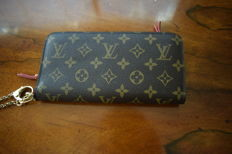 Louis Vuitton - Red Insolite Wallet