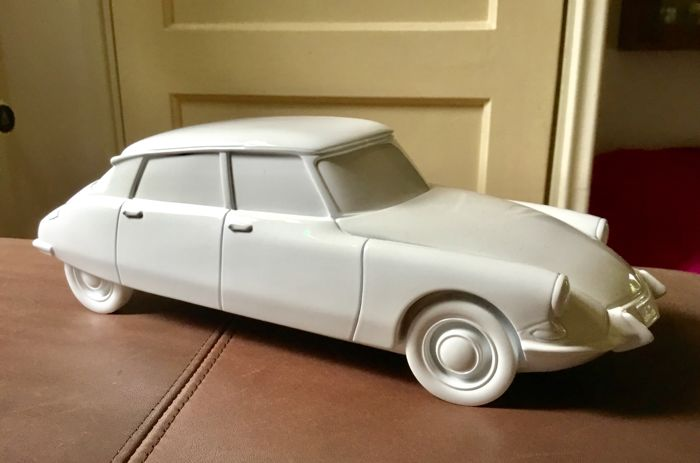 Citroën DS Mockup solid  - Nice design piece! - approx. 32 cm long