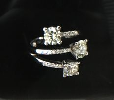 Ring - 18 kt white gold - with diamonds - 0.62 ct, VVS2, H - 0.46 ct, VS1, J - 0.44 ct, VS1, I - 0.11 ct, VSI, G