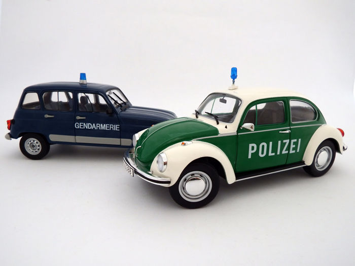 Solido - Scale 1/18 - Lot with 2 models: VW Beetle 1303 Polizei and Renault 4 Gendamerie