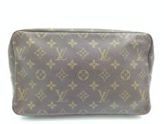 Louis Vuitton - Trousse/Necessaire Toilette 28