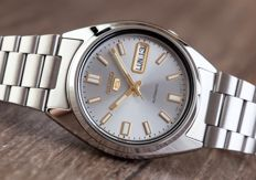 Seiko 5 automatic men's wristwatch, in new condition