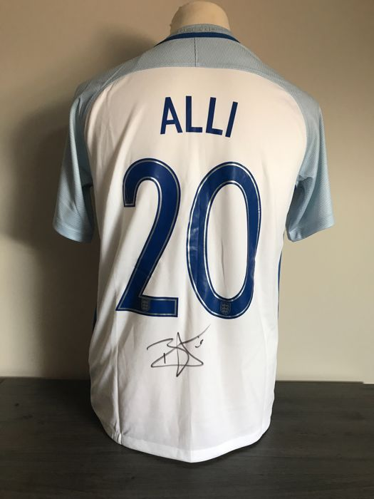 low priced 41080 cdd67 Dele Alli signed England home shirt 16/17 photos of the ...