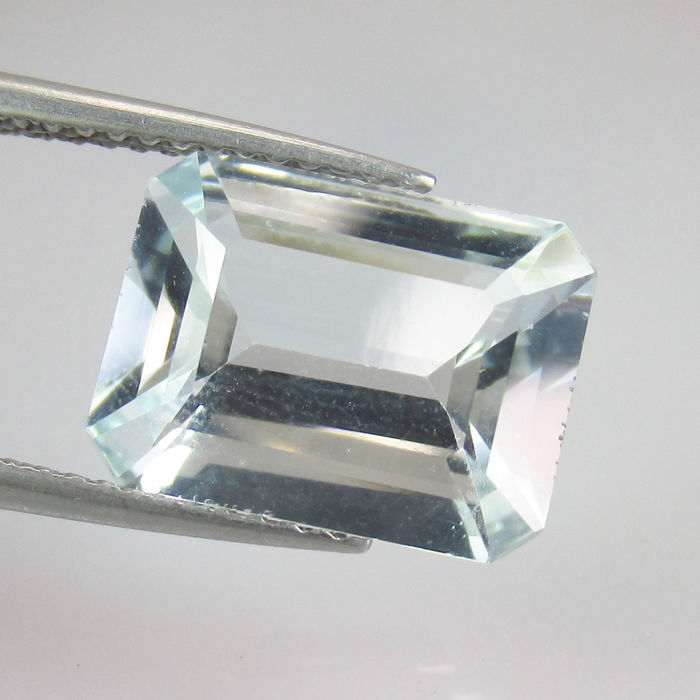3.73 Ct - Aquamarine - Reserve price no