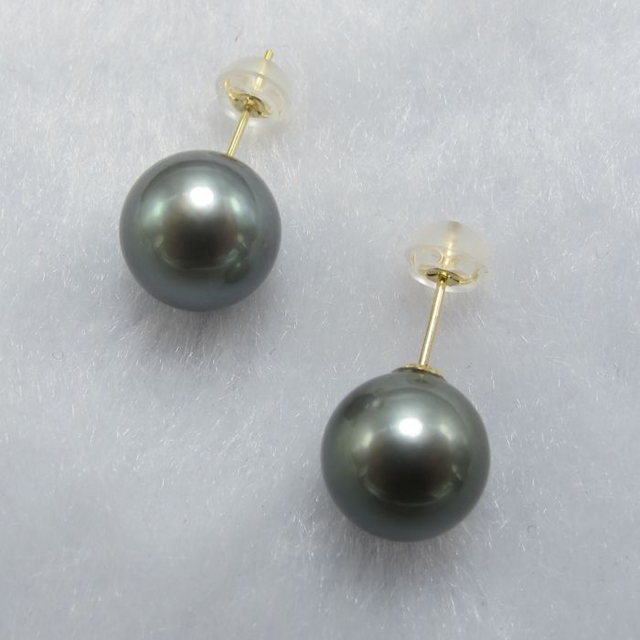 Tahiti Black Pearl 18K gold earrings. Pearl diameter: 10.2 mm. New no wear * no reserve price *