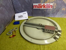 Märklin H0 - 410 BG/7026 - Electric powered turntable with 4 rail connections