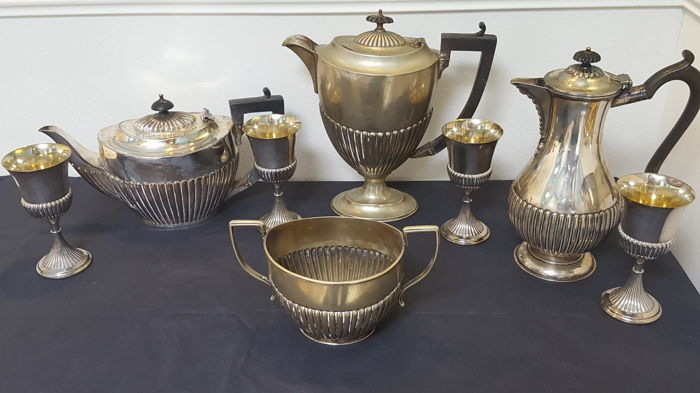 Antique silver plated tea/coffe set William Hutton &Son   - England ca.1850